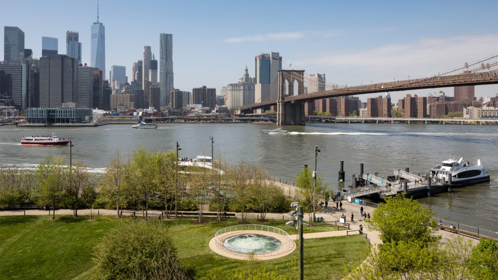 brooklyn bridge park skyline