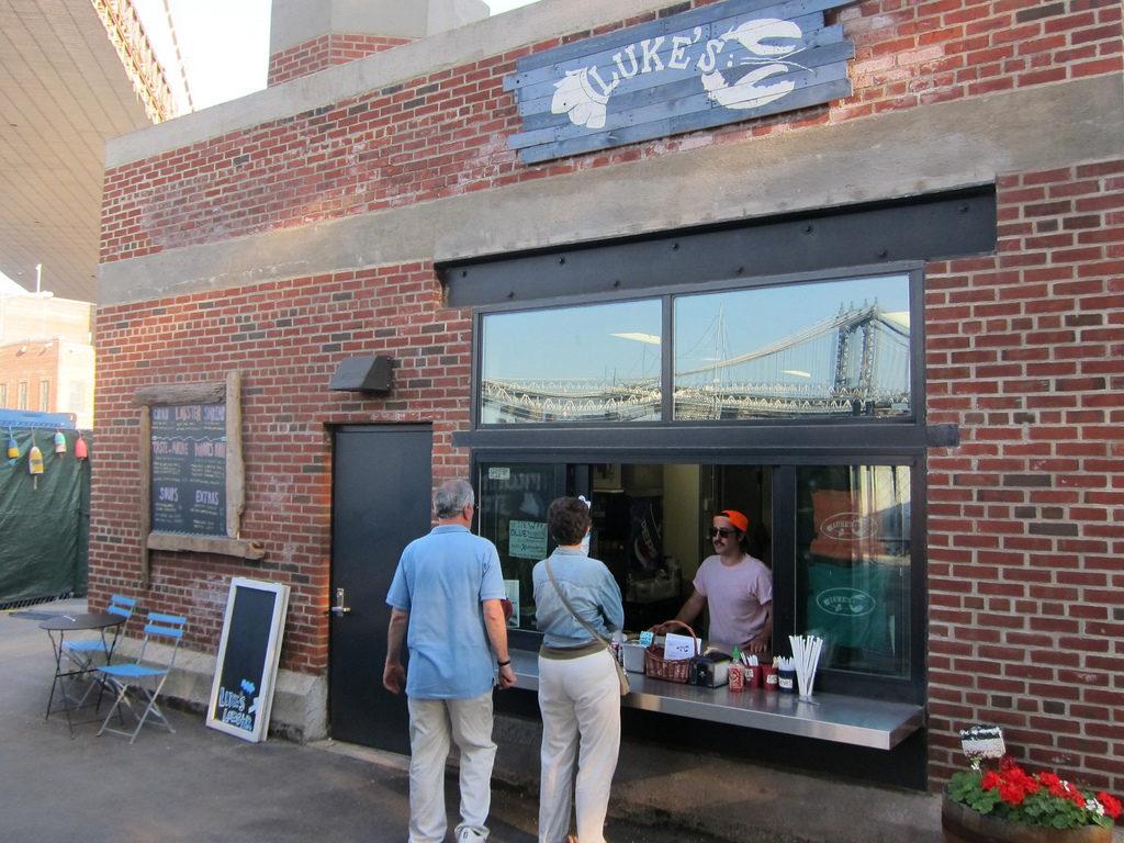 luke's lobster ponte di brooklyn