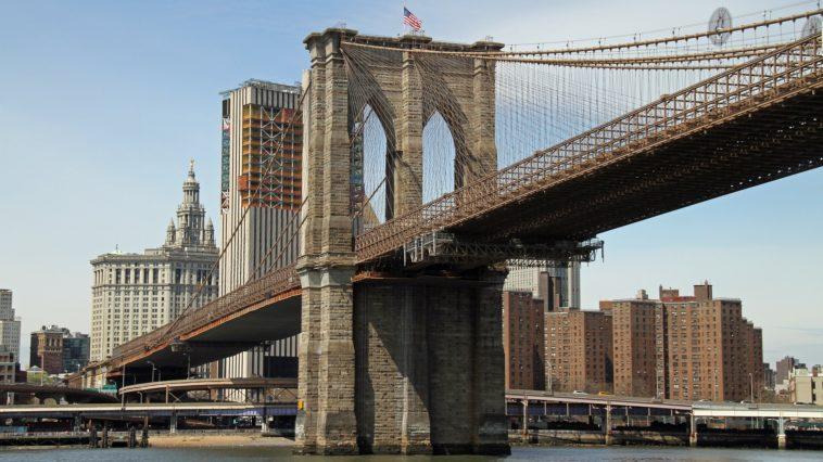ponte di brooklyn a piedi